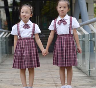 小学女生校服礼服正面图